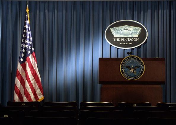 Alex Wong「Donald Rumsfeld Press Briefing」:写真・画像(10)[壁紙.com]