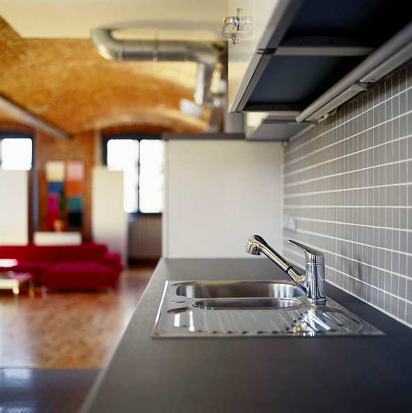 Tile「Kitchen space in open plan apartment Chorlton Mill Manchester, United Kingdom」:写真・画像(3)[壁紙.com]