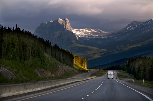 Crash Barrier「Highway through the Canadian Rockies, Alberta, Can」:スマホ壁紙(19)