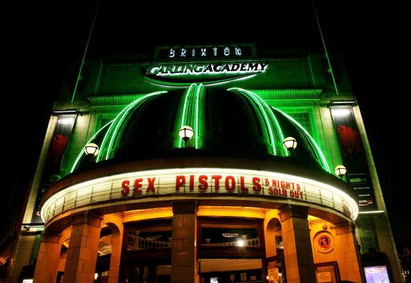 Event「Sex Pistols perform at Brixton Carling  Academy」:写真・画像(11)[壁紙.com]