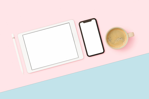 Part of a Series「Things on my desk flat lay」:スマホ壁紙(6)