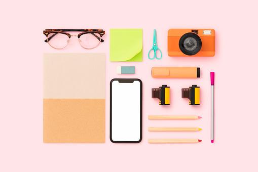 Photography Themes「Things on my desk flat lay」:スマホ壁紙(13)
