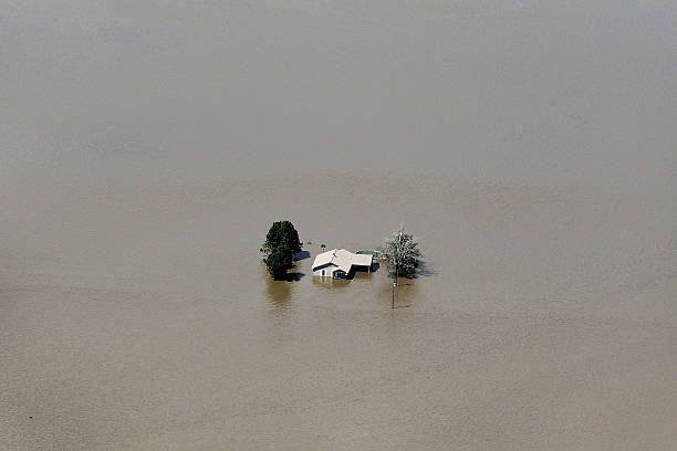 In Effort To Save Homes, Army Corps Blows Up Levee To Flood Farm Fields:ニュース(壁紙.com)