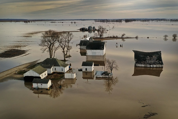 Farm「Flooding Continues To Cause Devastation Across Midwest」:写真・画像(1)[壁紙.com]