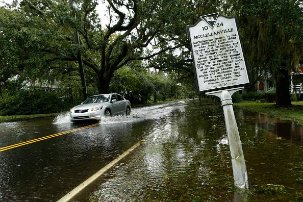 October「Hurricane Matthew Bears Down On Atlantic Coast」:写真・画像(19)[壁紙.com]