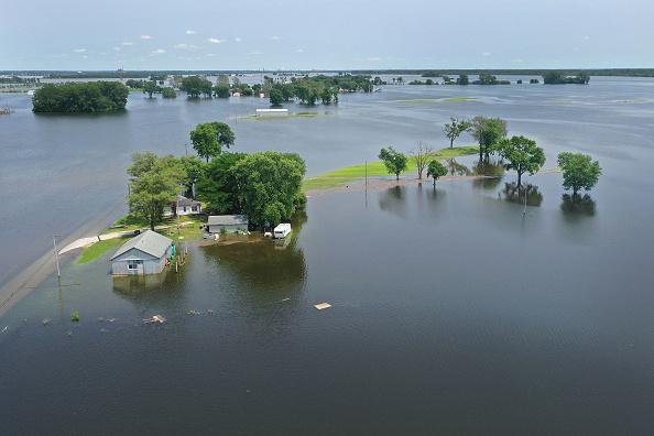 Flood「Midwest Rivers Reach Major Flood Stage At Historic Levels」:写真・画像(8)[壁紙.com]