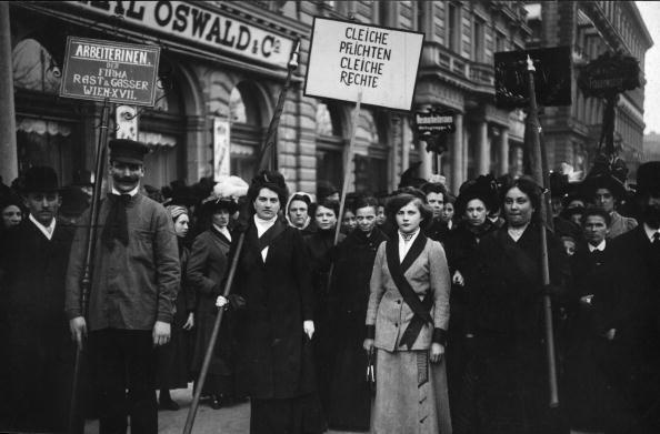 Vienna - Austria「Suffrage Signs」:写真・画像(11)[壁紙.com]