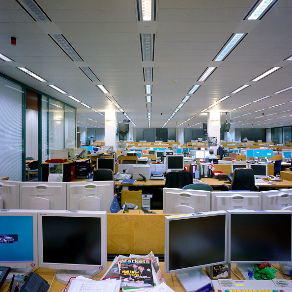 Sparse「Trading Floor, international bank.」:写真・画像(7)[壁紙.com]