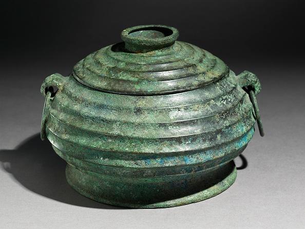 Handle「Ritual Food Vessel」:写真・画像(10)[壁紙.com]