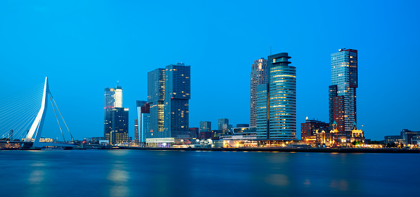 Netherlands「Rotterdam, Skyline Illuminated at Dusk, Netherlands, Panoramic View」:スマホ壁紙(5)
