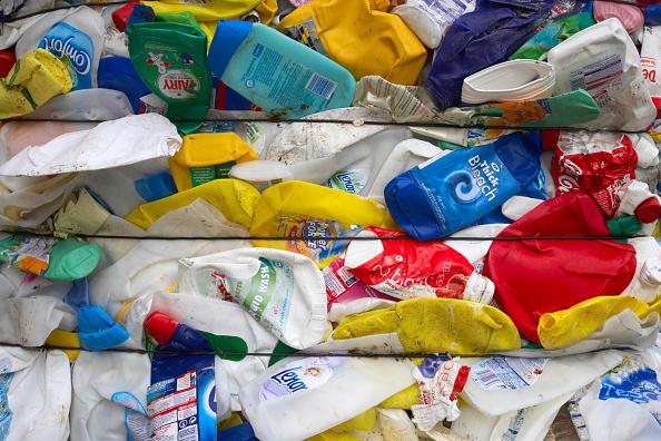 Full Frame「Compacted plastic recycling」:写真・画像(15)[壁紙.com]