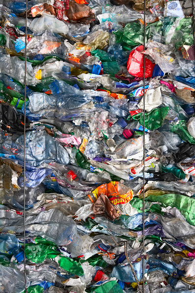 Full Frame「Compacted plastic recycling」:写真・画像(10)[壁紙.com]