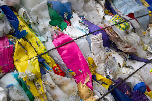 Full Frame「Compacted plastic recycling」:写真・画像(11)[壁紙.com]