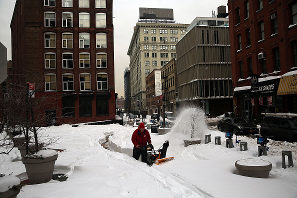 2016 Winter Storm Jonas「U.S. East Coast Digs Out After Historic Snowstorm」:写真・画像(10)[壁紙.com]