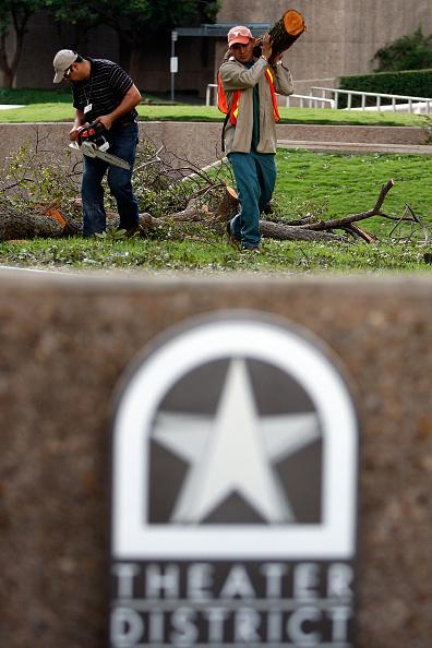 Hurricane Ike「Coastal Texas Faces Heavy Damage After Hurricane Ike」:写真・画像(17)[壁紙.com]