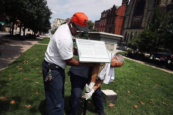 アメリカ合州国「Confederate Monuments Taken Down In Baltimore」:写真・画像(3)[壁紙.com]