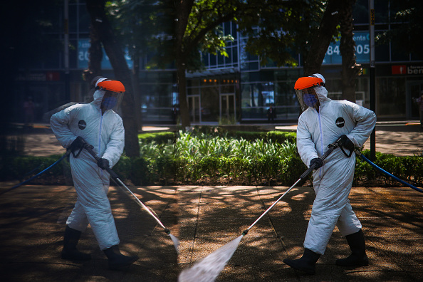 Mexico「Sanitization At Mexico City Historic Center To Halt Spread Of Coronavirus」:写真・画像(1)[壁紙.com]