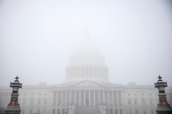 Capitol Hill「Senate Judiciary Committee Votes On Barrett Supreme Court Nomination」:写真・画像(10)[壁紙.com]