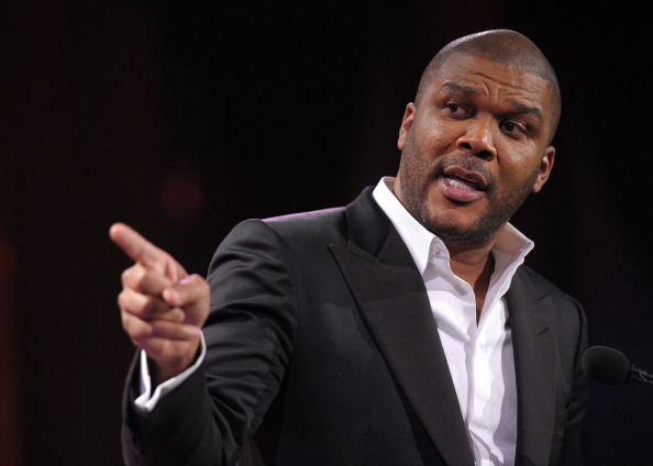 Tyler Perry「Steve Harvey Hosts 2nd Annual Steve Harvey Foundation Gala In New York - Inside」:写真・画像(19)[壁紙.com]