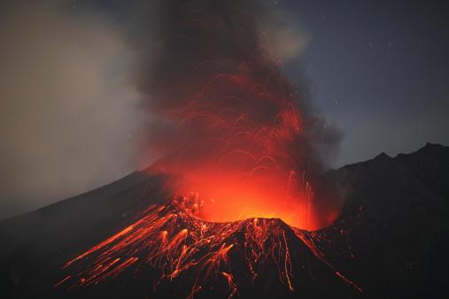 Active Volcano「December 26, 2009 - Sakurajima eruption, Kagoshima, Japan.」:スマホ壁紙(8)