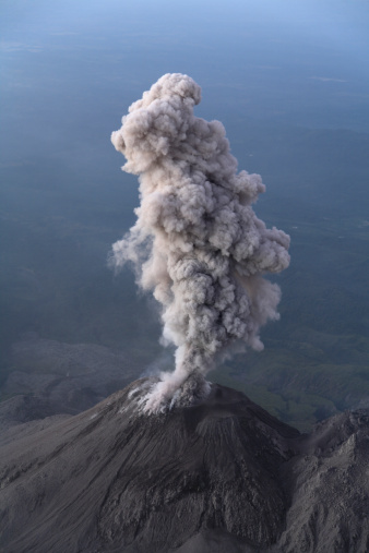 Steep「December 26, 2007 - Santiaguito ash eruption, Guatemala.」:スマホ壁紙(1)