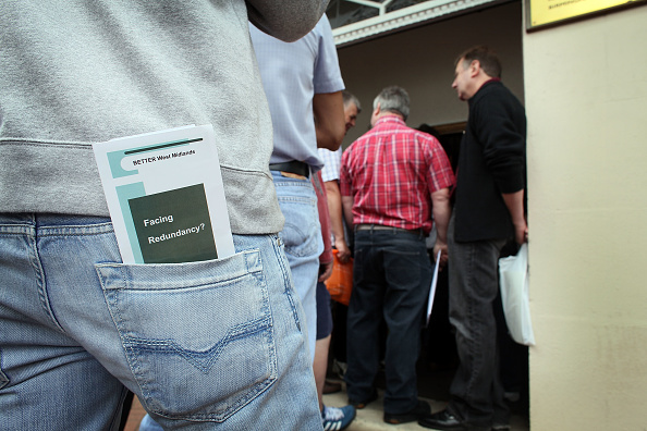 Downsizing - Unemployment「LDV Workers Arrive At The Factory To Discuss Their Redundancy Package」:写真・画像(1)[壁紙.com]