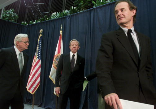 Florida - US State「Gore Attorneys Address Media In Tallahassee」:写真・画像(8)[壁紙.com]