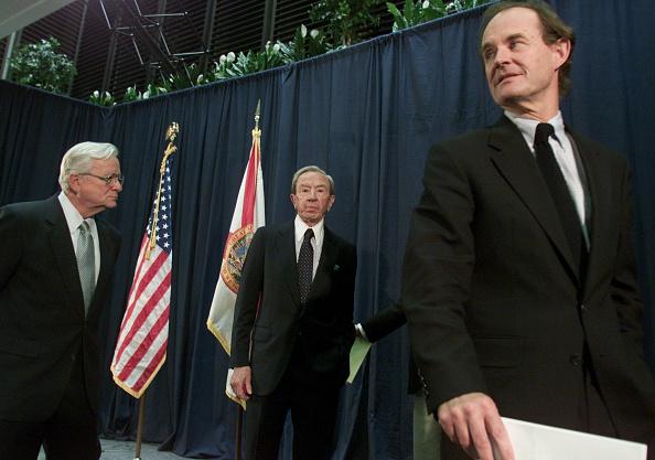 Florida - US State「Gore Attorneys Address Media In Tallahassee」:写真・画像(18)[壁紙.com]