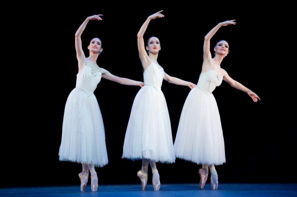 London Coliseum「The English National Ballet Perform Beyond Ballets Russes」:写真・画像(18)[壁紙.com]