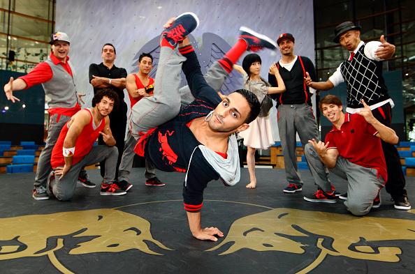 Breakdancing「Red Bull Flying Bach European Tour」:写真・画像(10)[壁紙.com]