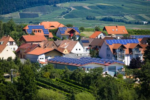 Solar Energy「Village with Solar Panel Houses」:スマホ壁紙(5)