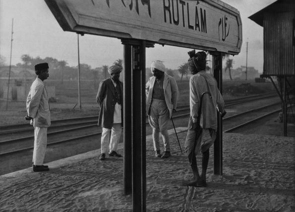 Indian Subcontinent Ethnicity「Rutlam Station」:写真・画像(15)[壁紙.com]