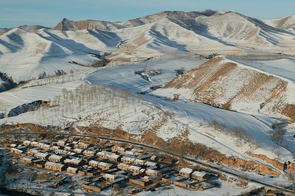Dawn「Inner Mongolian village shortly after sunrise」:写真・画像(11)[壁紙.com]