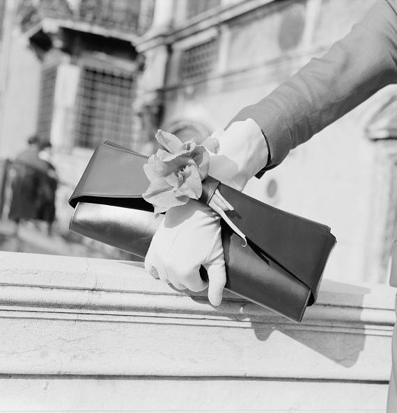 Midsection「Camerino Clutch Bag」:写真・画像(4)[壁紙.com]