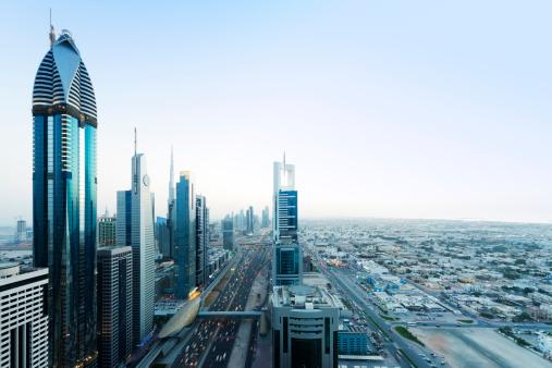 Sheikh Zayed Road「Dubai」:スマホ壁紙(9)