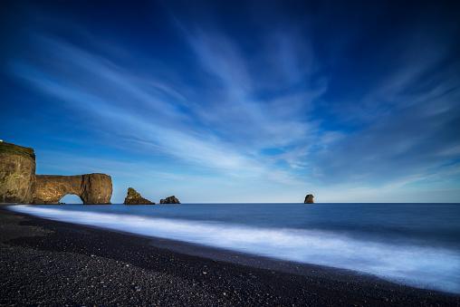 Dyrholaey「Black Sand Beach, Dyrholaey, Iceland」:スマホ壁紙(18)