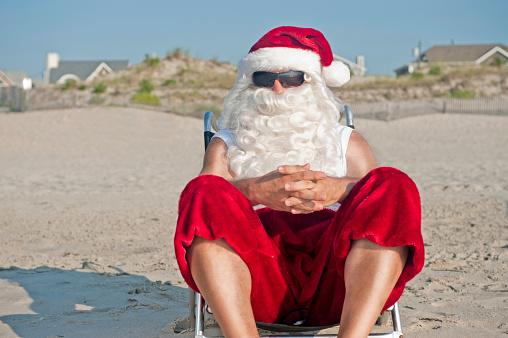 July「Santa Claus on Vacation」:スマホ壁紙(6)