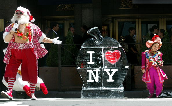 Ice Sculpture「Rado City Rockettes Christmas in August」:写真・画像(7)[壁紙.com]