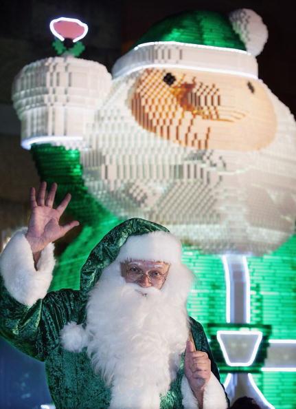 Minato Ward「Santa Goes Green In Tokyo」:写真・画像(3)[壁紙.com]