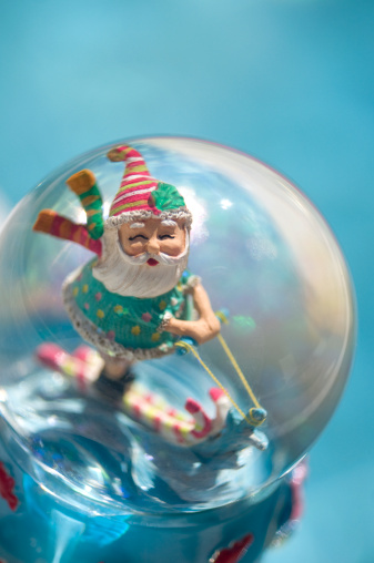 Water-skiing「Santa Claus waterskiiing inside a snowglobe by the side of a pool」:スマホ壁紙(2)