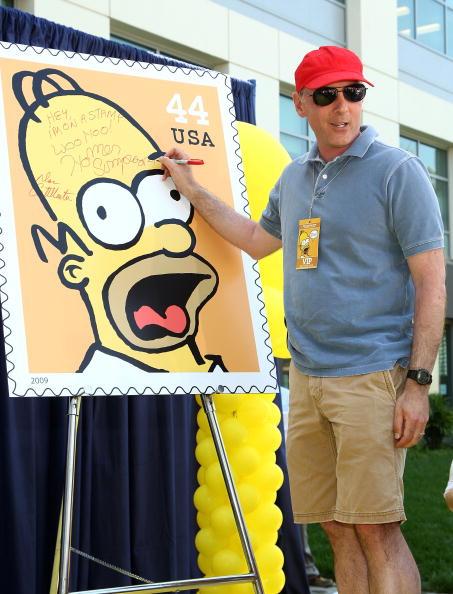 ダン カステラネタ「The Simpsons Stamps Dedication Ceremony」:写真・画像(7)[壁紙.com]