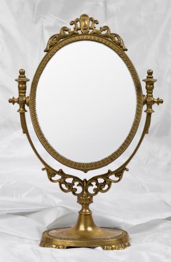 Gold「Old mirror on satin」:スマホ壁紙(14)