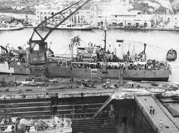 Construction Equipment「Ship Building」:写真・画像(11)[壁紙.com]