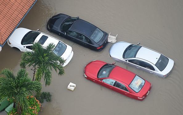 オーストラリア「Townsville Remains Flooded As Torrential Rain Continues」:写真・画像(8)[壁紙.com]