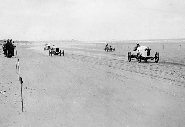 Sir Malcolm Campbell「Austro Daimler Sascha」:写真・画像(6)[壁紙.com]