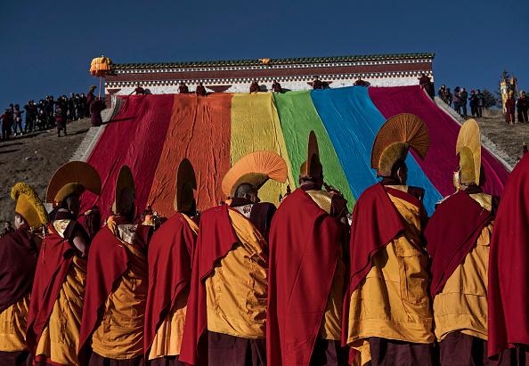 Kevin Frayer「Tibetans Mark The Great Prayer」:写真・画像(1)[壁紙.com]