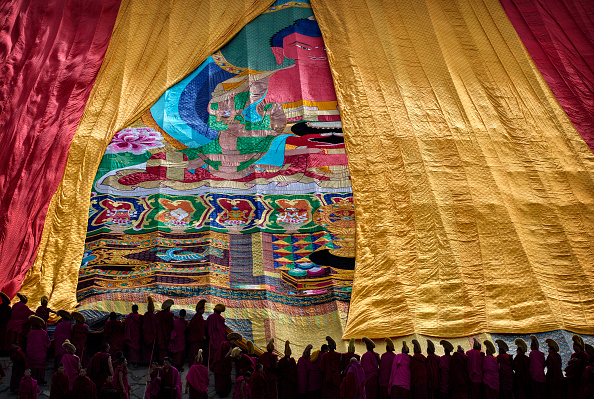 Yellow「Tibetan Buddhists Celebrate Religion And Culture at Great Prayer」:写真・画像(10)[壁紙.com]