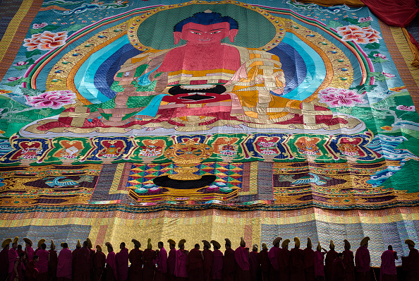 Yellow「Tibetan Buddhists Celebrate Religion And Culture at Great Prayer」:写真・画像(9)[壁紙.com]