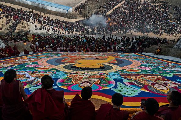 Kevin Frayer「Tibetans Mark The Great Prayer」:写真・画像(2)[壁紙.com]