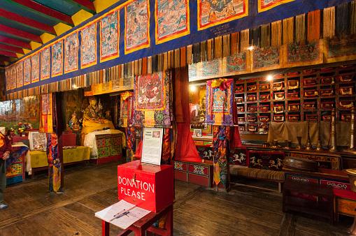 Namche Bazaar「Tibetan Buddhist monastery prayer hall」:スマホ壁紙(15)